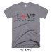 LOVE is in the air - Tshirt